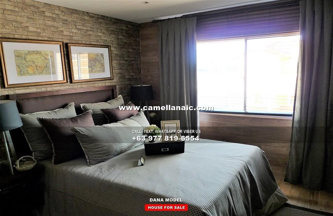 Dana House for Sale in Naic